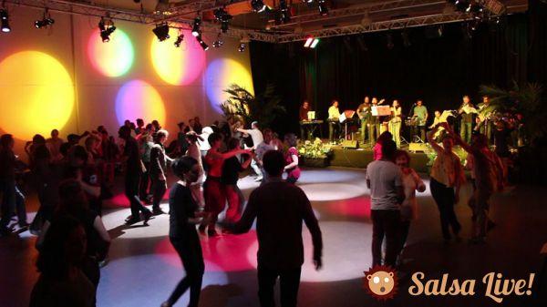 2015 03 10 soiree salsa orchestre los populares danseurs