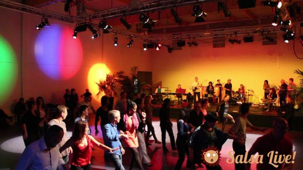 2015 05 06 soiree salsa mjc combs la ville danseurs