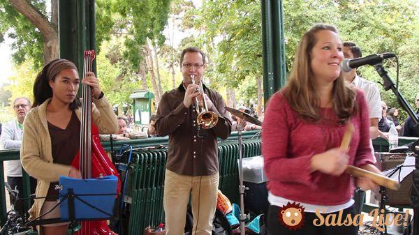 2015 09 20 luna y su banda basse trompette choeurs