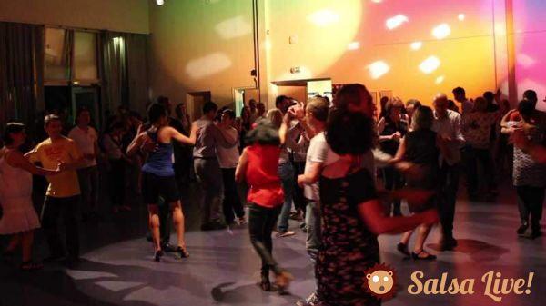 2016 05 27 soiree dansante salsa danseurs