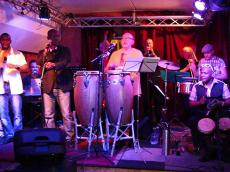 Miguel Gomez Orquesta et Sekouba Bambino Concert Salsa le vendredi 5 juin 2015, 75013 Paris